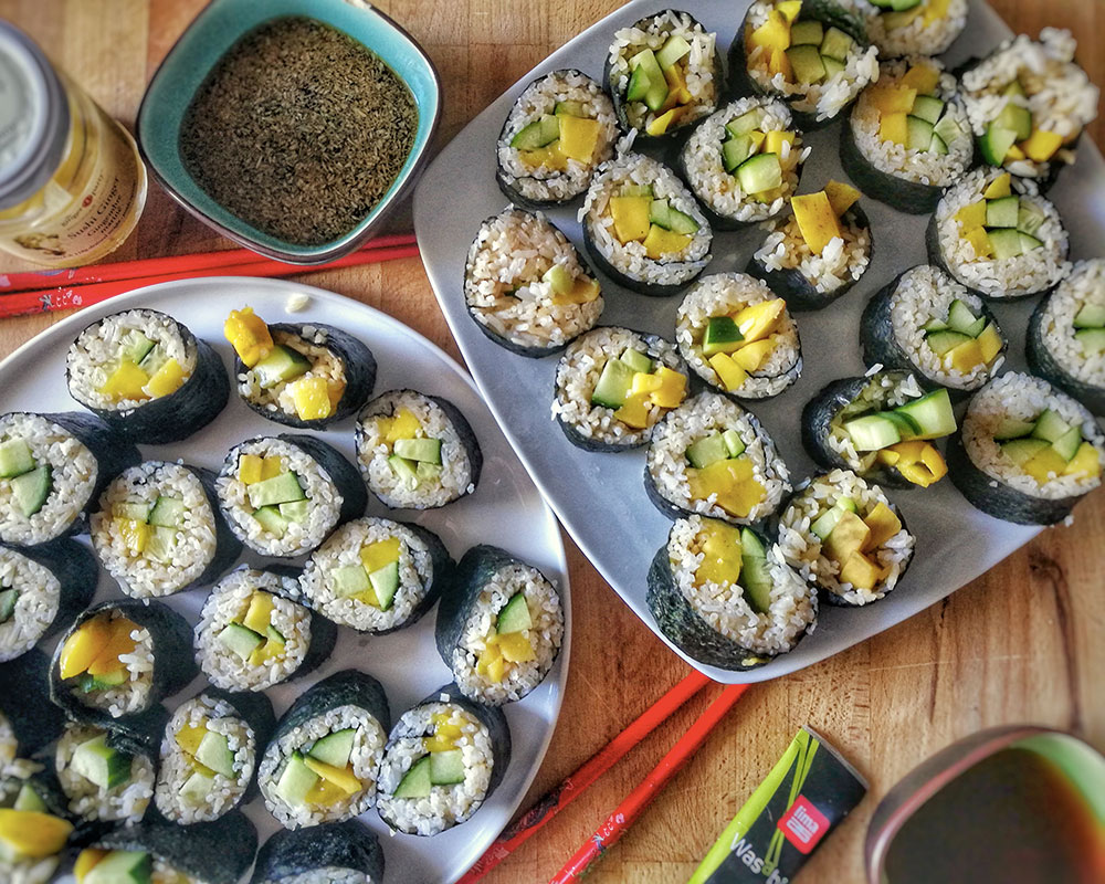 Comment faire des makis vegan 10 recettes de makis d 39 t - Comment couper le basilic ...