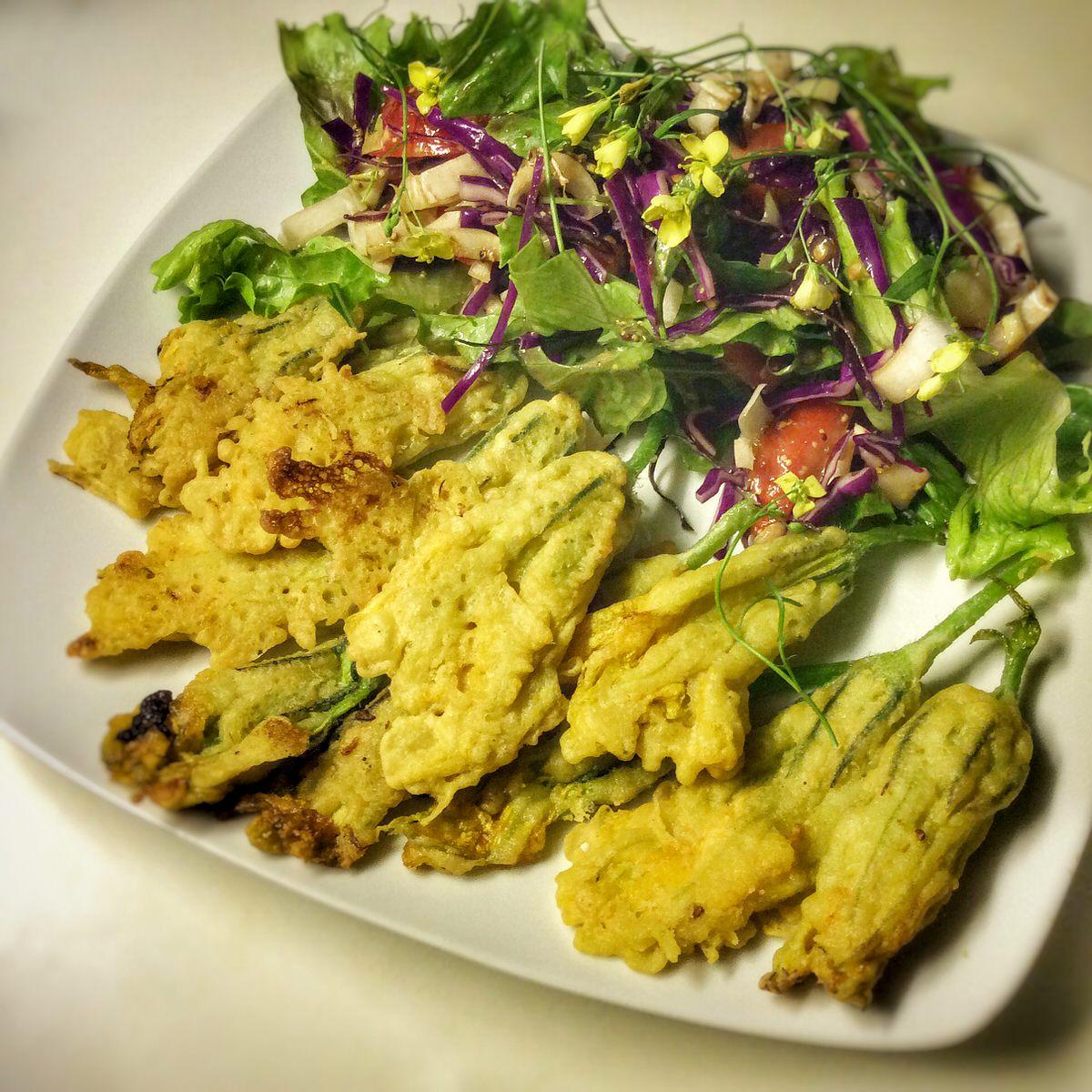 Tempura ou beignets de fleurs de courgettes vegan vegan freestyle - Fleurs de courgettes au four ...