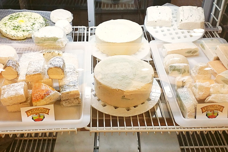 Vromage-All-Vegan-Cheese-Shop-in-West-Hollywood