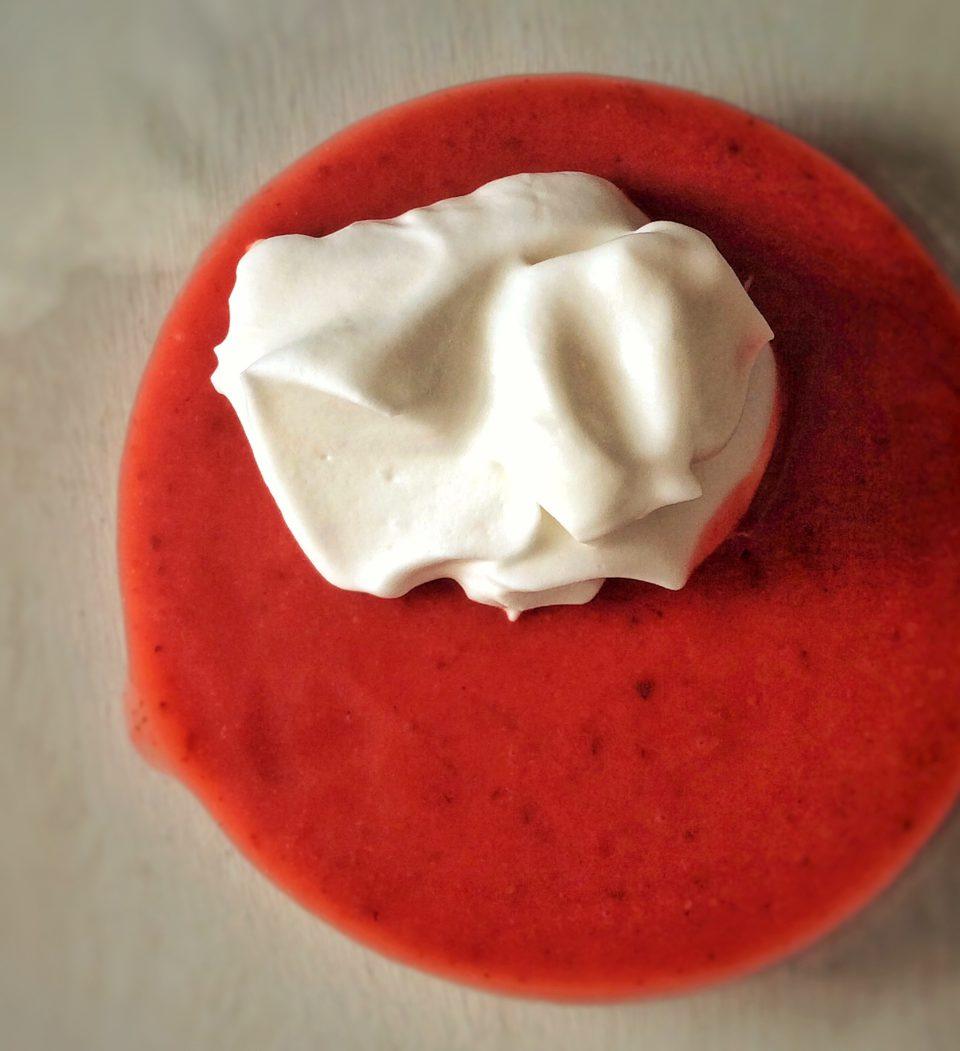 mousse aérienne fraise basilic