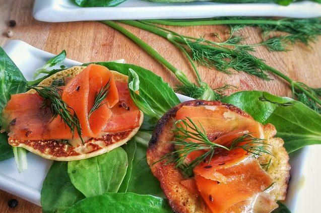 3 recettes avec du saumon fum vegan blinis bagel tagliatelles. Black Bedroom Furniture Sets. Home Design Ideas